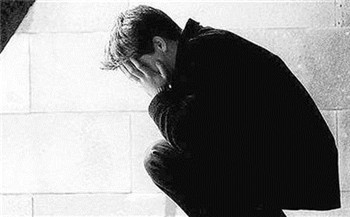 精神病人在日常生活中有什么行为表现呢?