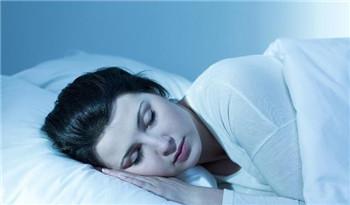 老人失眠该如何改善呢?