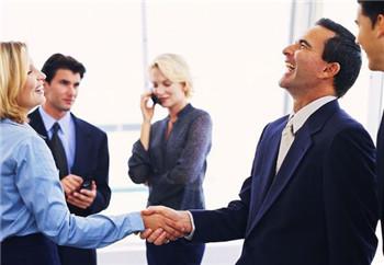 在工作中怎样处理人际关系呢?